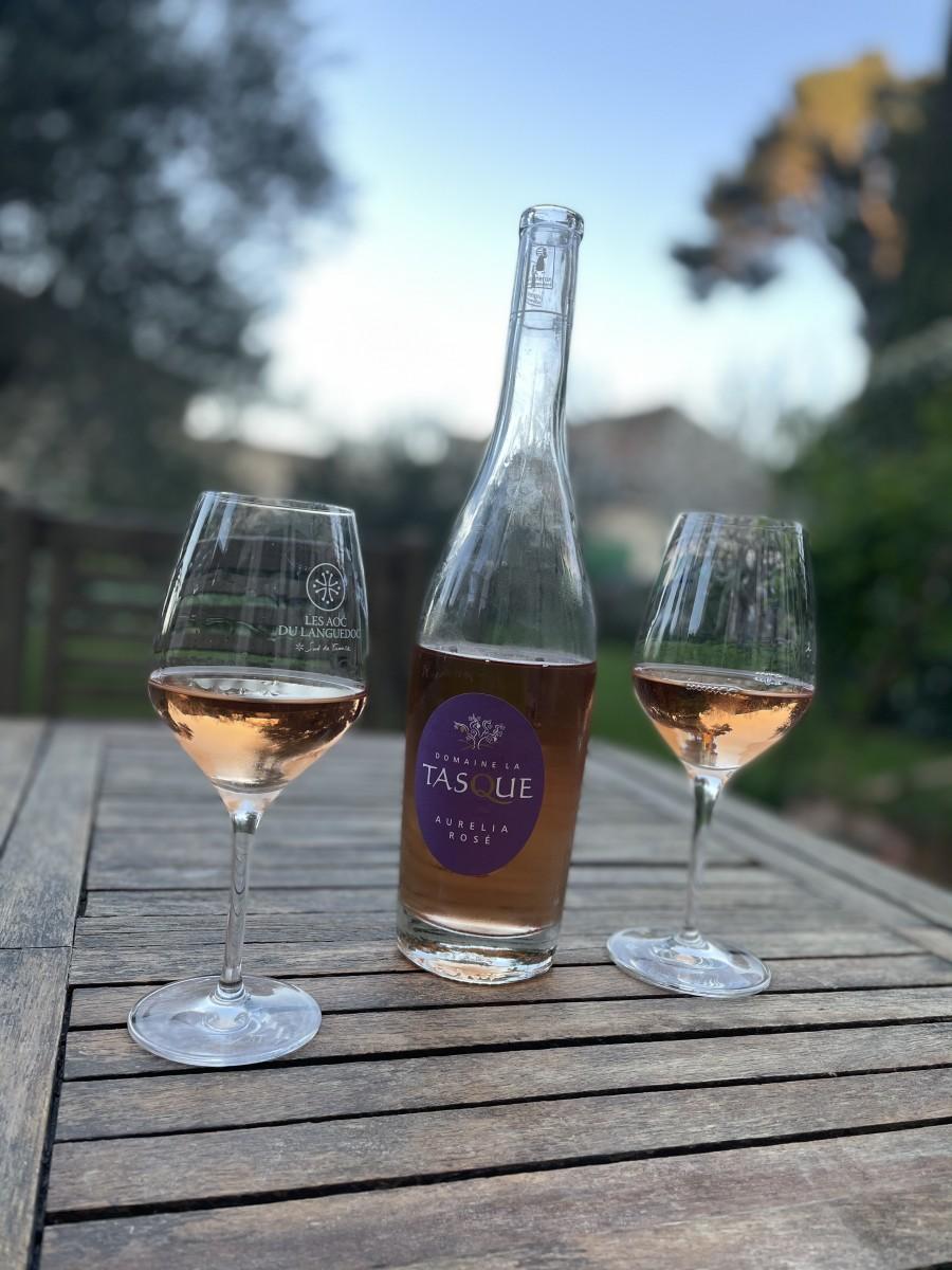 tasting La tasque wines